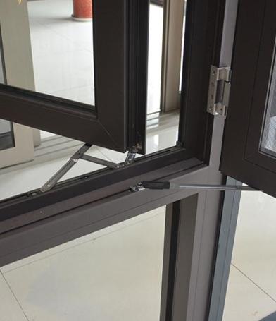 铝合金门窗转角节点的设计